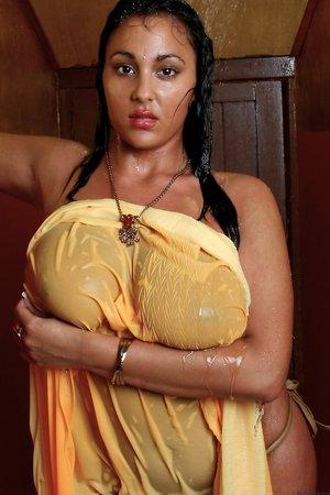 Indian Boobs Porn