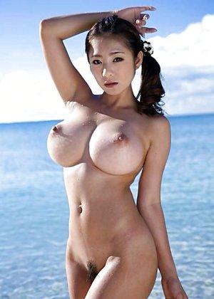 Boobs naked biggest Huge Boobs