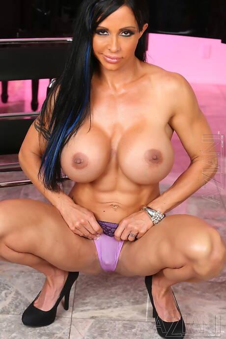 Busty Bodybuilder Porn